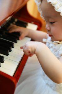 los mejores instrumentos y juguetes musicales para bebes